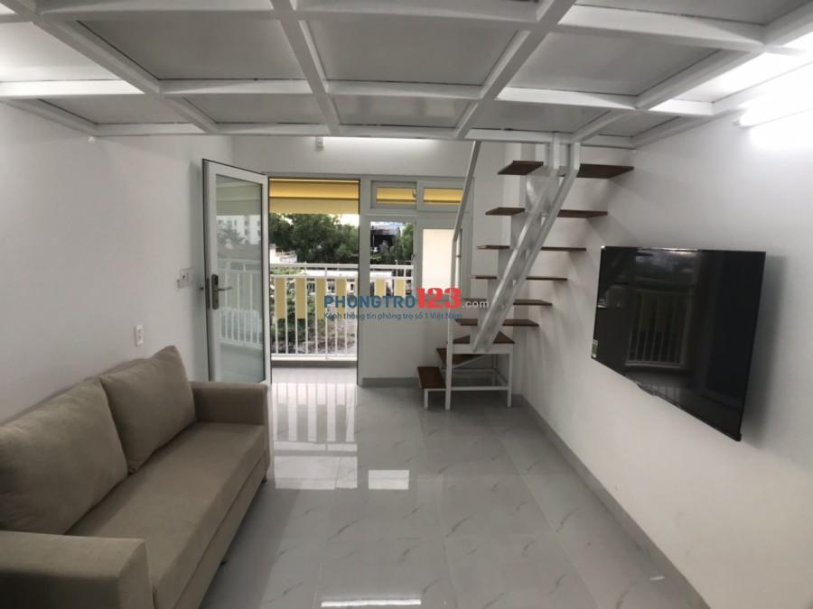 Phòng Gác lửng,Ban công,Giờ TD,Thang máy,Full nội thất,Giá 5,3tr tại 85 N.V.Qùy,gần siêu thị BigC,Q.7