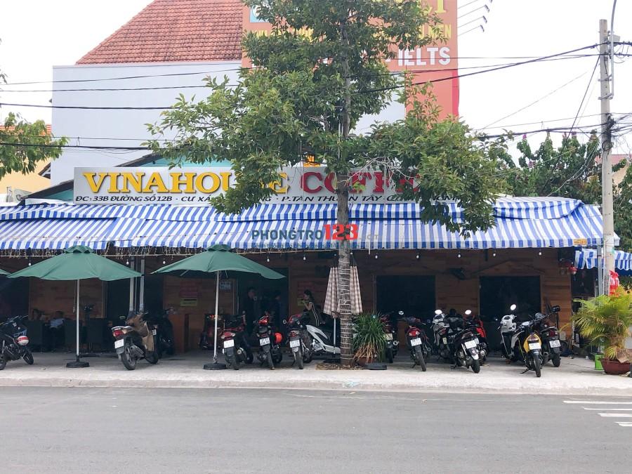 Chính chủ sang quan cafe DJ mặt tiền đường trong Cư Xá Ngân Hàng Q.7. LH: Mr Luân