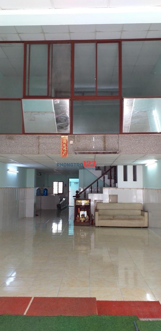 Cho thuê nhà MT số 15 đường 52, Tân Tạo, Bình Tân, giá 12tr/tháng tiện kinh doanh. LH: A Tòng