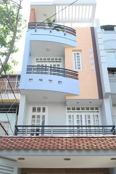 Căn hộ Phú Nhuận 28m2, Full nội thất, Ban Công, Bếp, sân để xe, free nước nét cáp