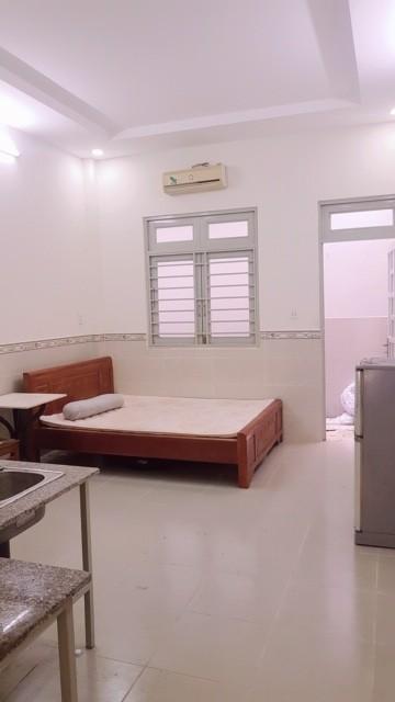 Phòng trọ cao cấp có bếp mới, 30m, giáp đầm sen -Tân Phú