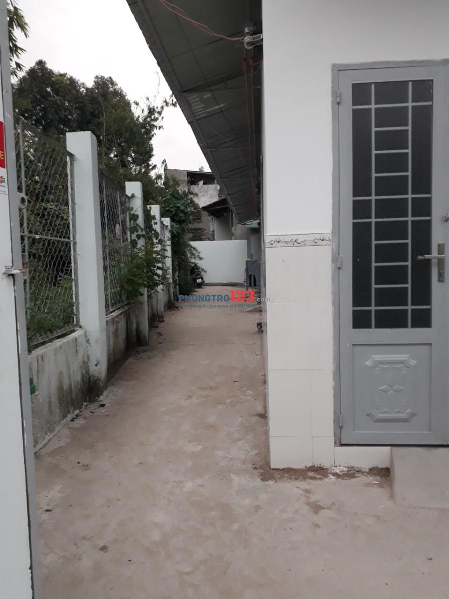 Phòng trọ mới xây đường 102, Q.9, free wifi