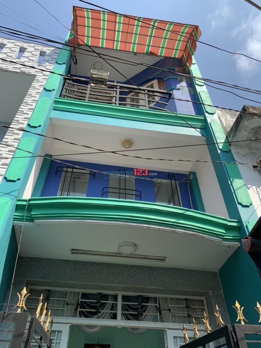 Cho thuê nhà nguyên căn 2 mặt tiền hẻm có nội thất tại 1/45A Bà Lài, P.8, Q.6 Ms Tú