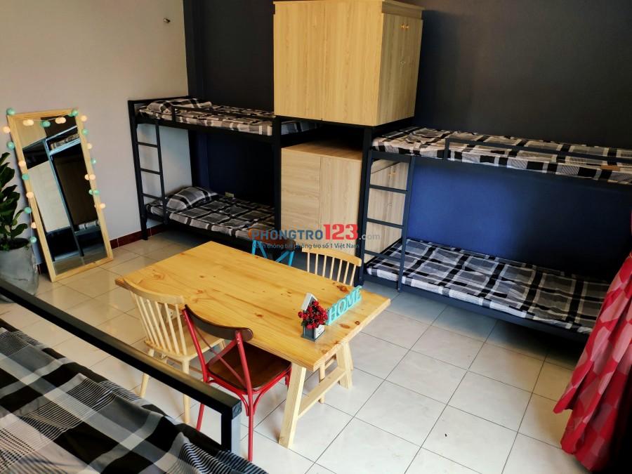 Be Home Ngay Lotte Mart Cộng Hòa, full tiện nghi, Bếp nấu ăn, máy lạnh, máy giặt, cửa vân tay an ninh tuyệt đối.