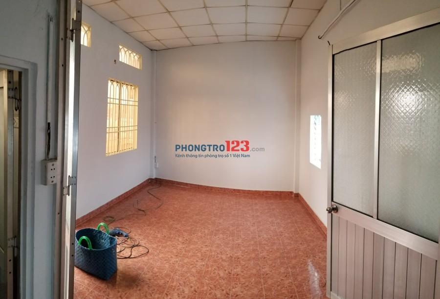 Cho nữ hoặc gia đình thuê phòng 20m2 riêng biệt