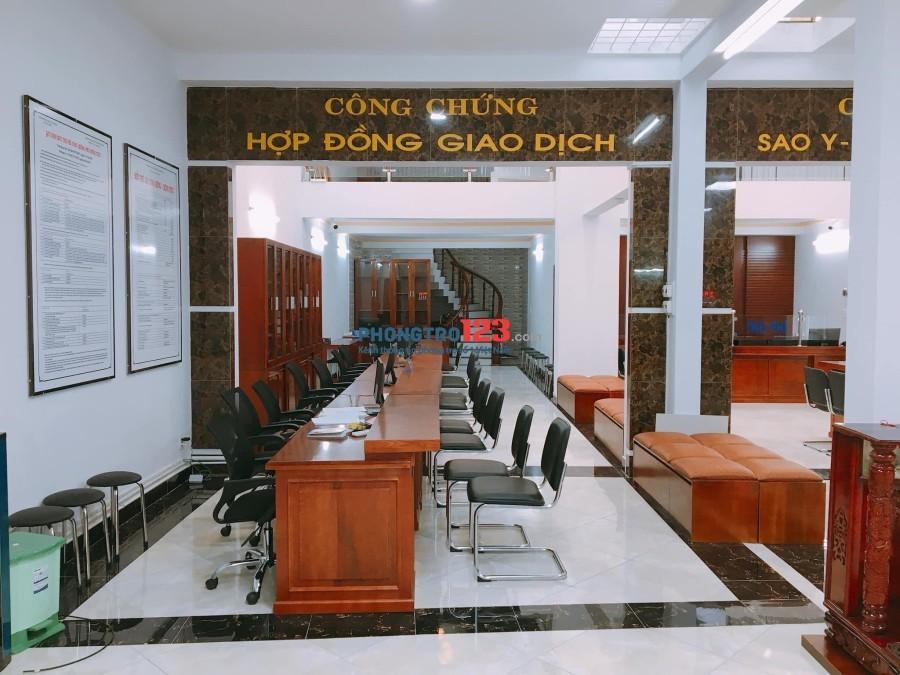 Cho thuê nhà mặt tiền 754 Nguyễn Duy Trinh, Bình Trưng Đông, quận 2, 9 x 22m, giá rẻ 65 triệu/tháng