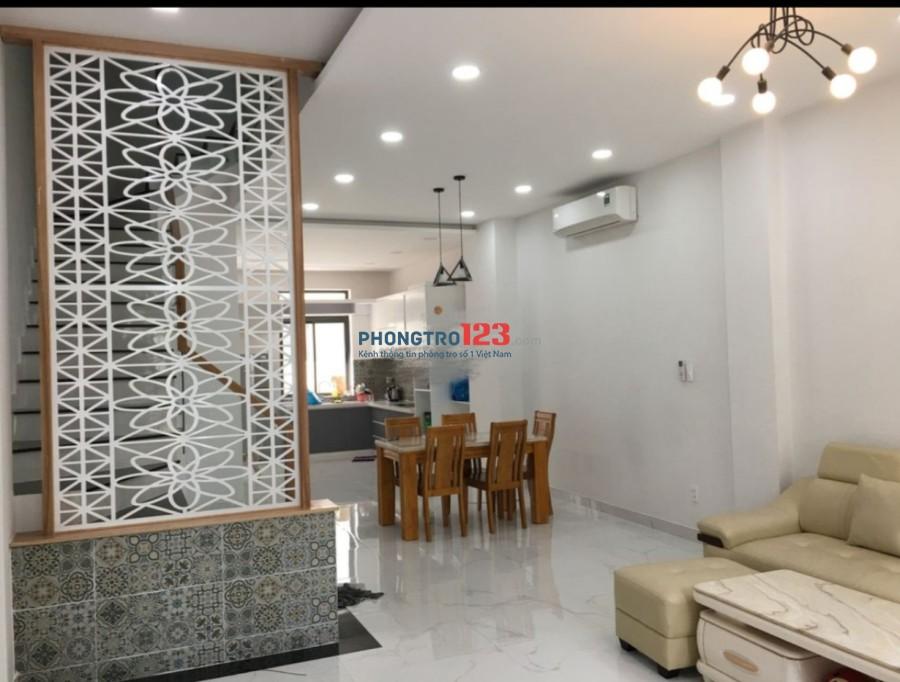 Cho thuê nhà nguyên căn 3 lầu 400m2 Khu Đô Thị Lakeview City Q.2. LH: Ms Thư