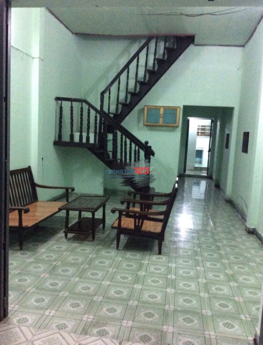 Cho thuê nhà nguyên căn 4x20 tại xã Đông Thạnh, Hóc Môn, giá 3,8tr/tháng. LH Ms Xuân
