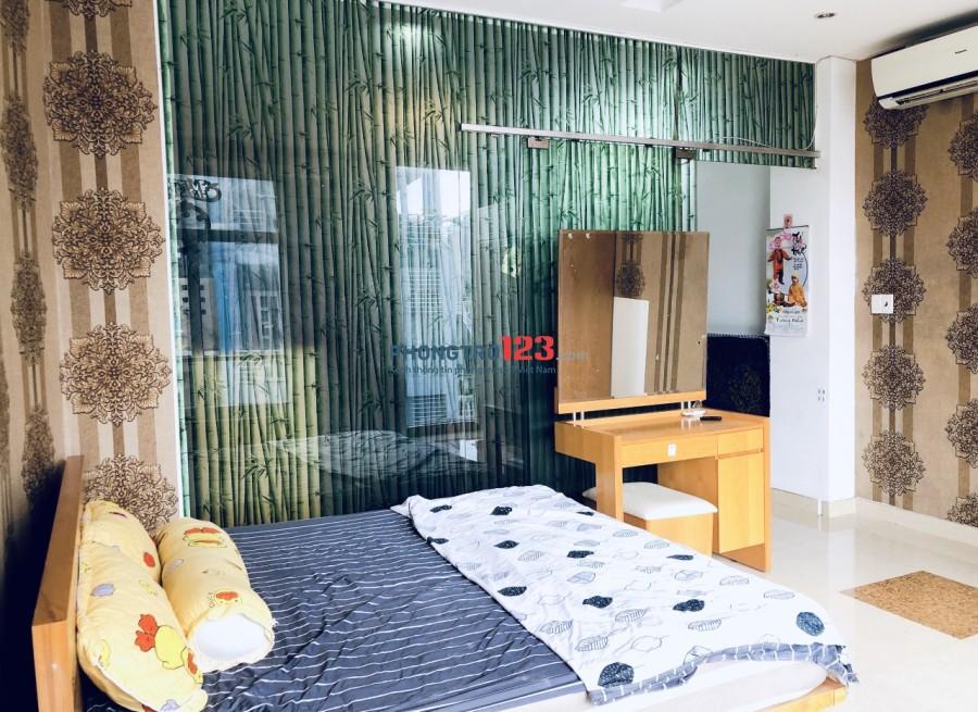 Cho thuê căn hộ cao cấp 1 phòng ngủ, 1 phòng bếp. Lê Văn Sỹ, Quận 3