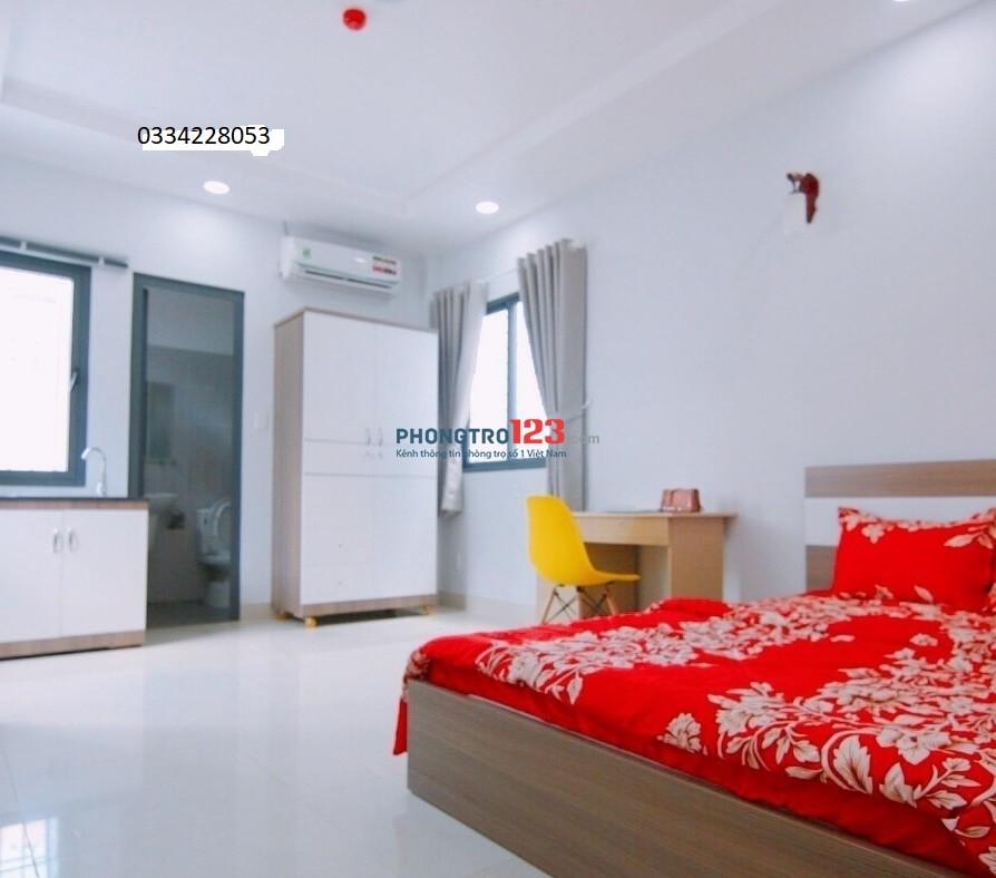 Căn hộ mini full nội thất có ban công đường Tôn Thất Tùng, Quận 1