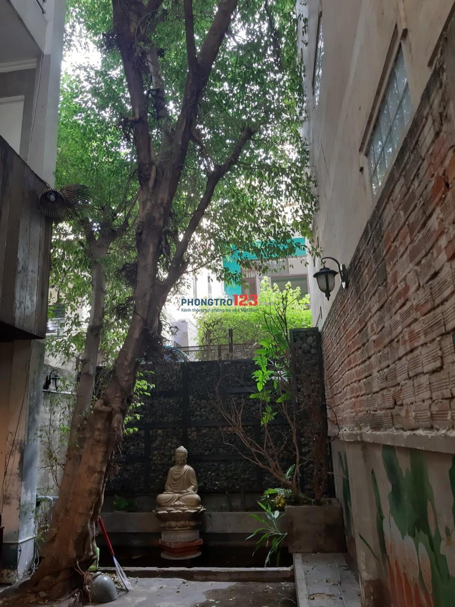 Cho thuê nhà nguyên căn 2 lầu mặt tiền Nguyễn Công Hoan, Q.Phú Nhuận. LH Mr Mạnh