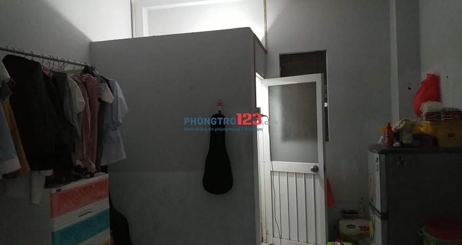 Phòng sạch sẽ, an ninh, gần chợ