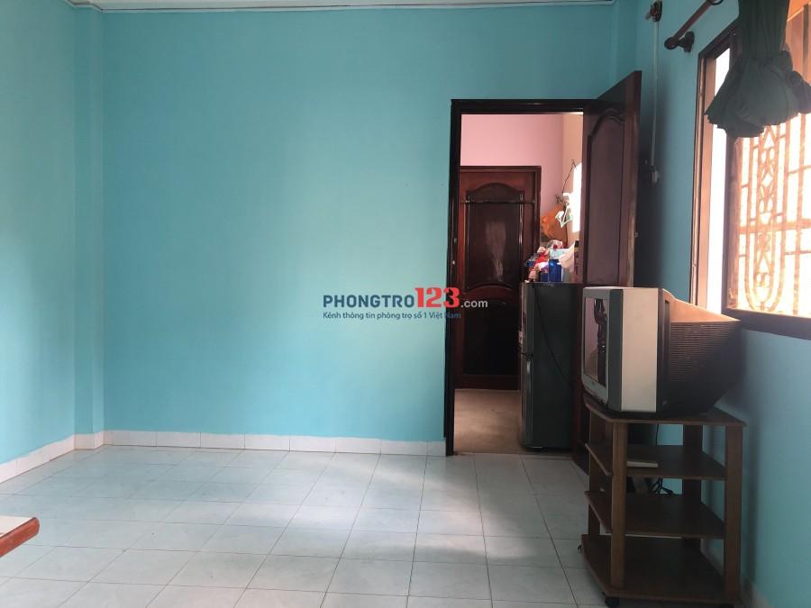 Chính chủ cho thuê phòng đầy đủ tiện nghi tại Lê Thị Riêng, Q.1. Giá 4tr/tháng Cô Vân Anh