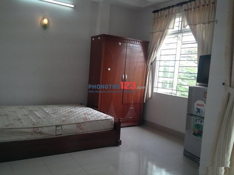 Cho thuê phòng trọ 25m2 đầy đủ tiện nghi gần sân bay Tân Sơn Nhất, quận Tân Bình