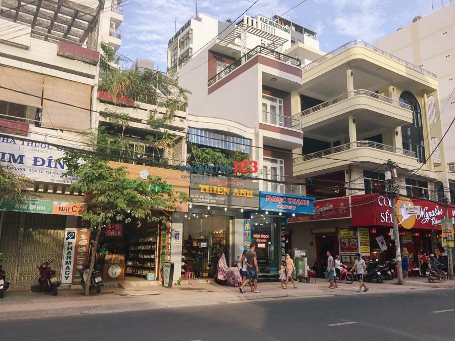 Cho thuê nhà mặt phố Nguyễn Thiện Thuật, Nha Trang
