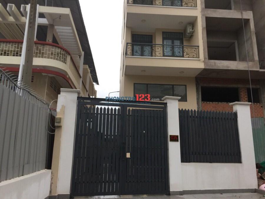 Chính chủ cho thuê nhà 4 tấm mặt tiền 27A Nguyễn Văn Dung, Gò Vấp Ms Thơ