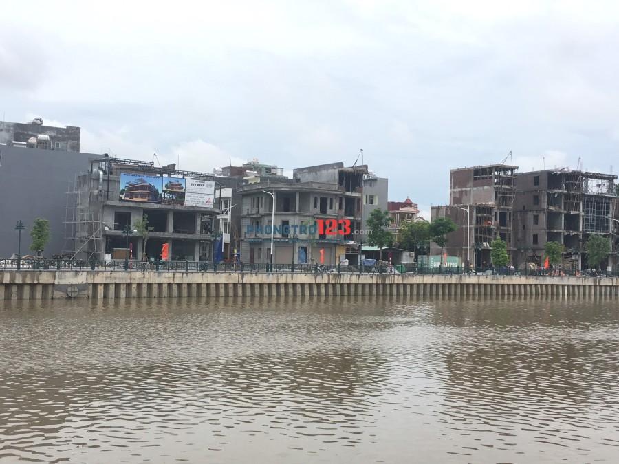 Cho thuê nhà lô góc, 2 mặt tiền đẹp nhất phố đi bộ Thế Lữ, Hải Phòng dtsd: 350m2. 60 triệu/tháng