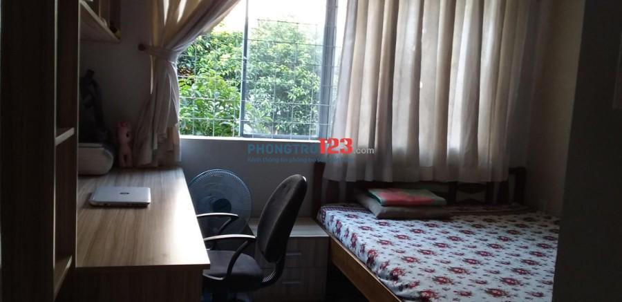 Chính chủ cho thuê căn hộ đầy đủ nội thất Huỳnh Văn Chính 2, dt 70m2 2pn. Giá 7tr/tháng Ms Nhi