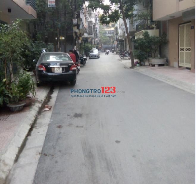 Cho thuê nhà 50m x 5 tầng đường 19/5 Văn Quán, Hà Đông. LH 0896629569