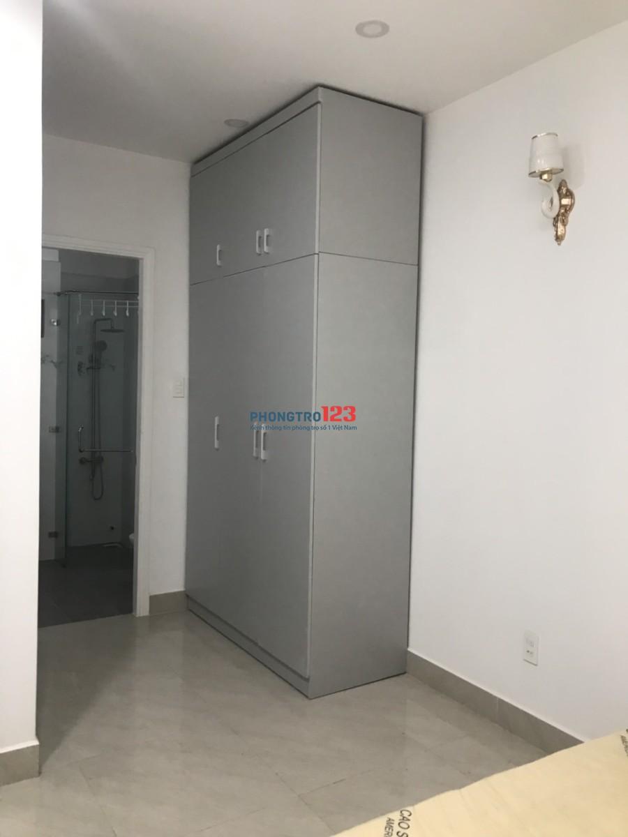 Phòng trọ Ung Văn Khiêm có nội thất, máy lạnh,4tr/Tháng LH. 0394772167