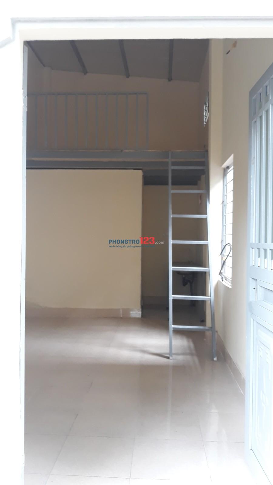 Phòng trọ khép kín + gác xép (nhà mới xây)