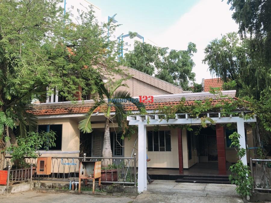 Cho thuê tổ hợp nhà xưởng văn phòng 5000m2 MT đường Kinh Dương Vương, Q.Bình Tân