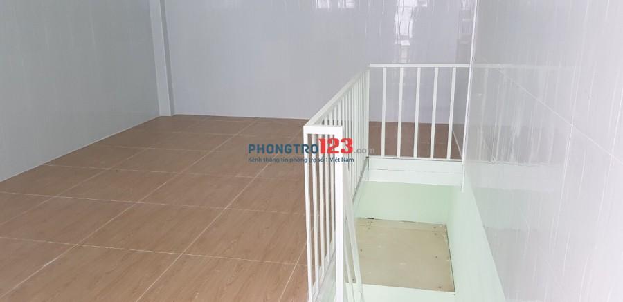 Chính chủ cho thuê nhà nguyên căn mới xây gần Gigamall Phạm Văn Đồng, Thủ Đức. Giá 5,5tr