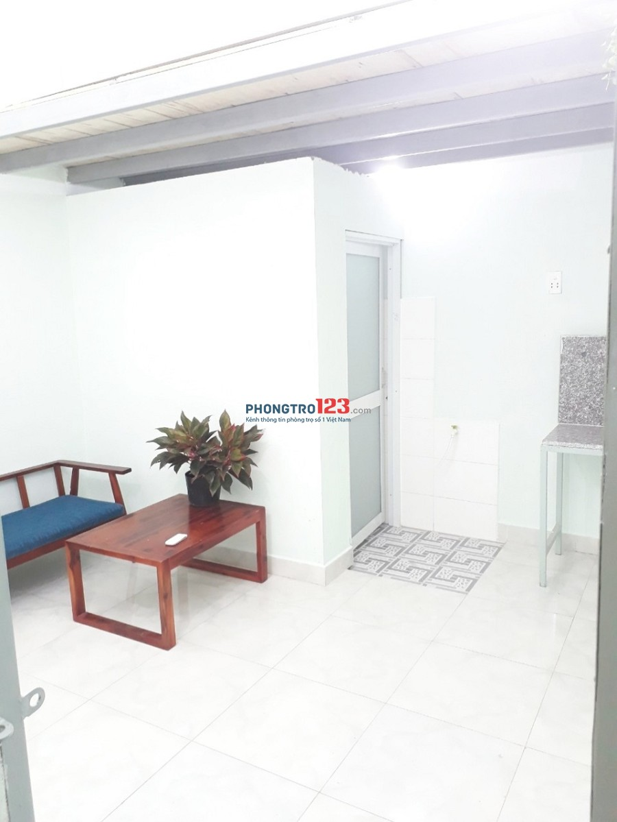 Chính chủ cho thuê phòng trọ an ninh, giờ giấc tự do, Phạm Văn Bạch, Tân Bình