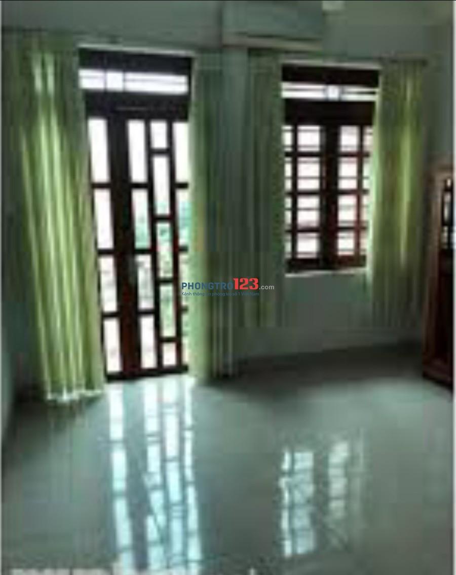 Chính chủ cho thuê mặt bằng mới 4x10 hẻm 8m gần chợ Tân Hương. LH Ms Vy