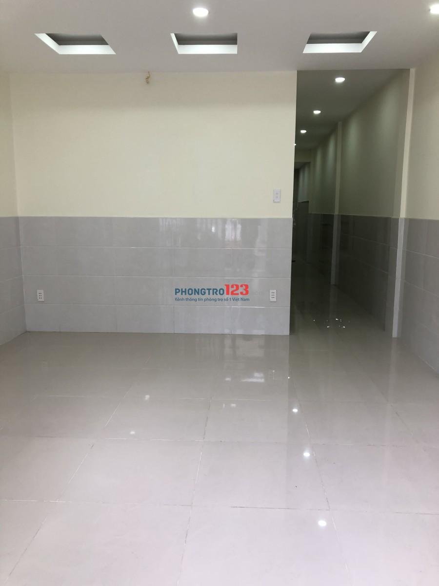 Chính chủ cho thuê nhà nguyên mới căn mặt Tiền Cư Xá Vĩnh Hội, Q.4, giá 15tr/tháng Ms Vân