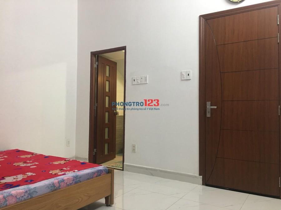 Phòng cho thuê tầng trệt - Có lối đi riêng Q.8