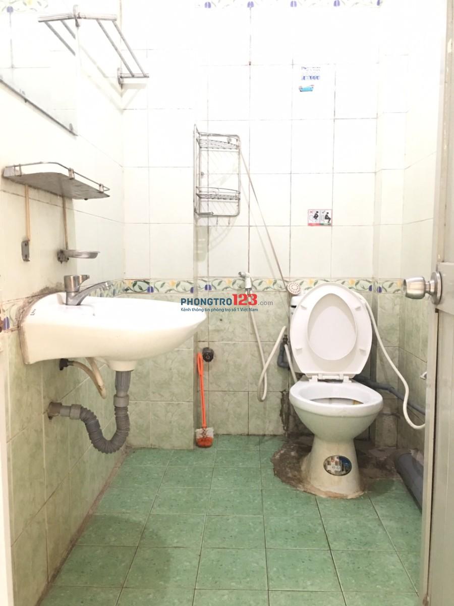Chính chủ cho thuê phòng rộng 45m2, 2 phòng ngủ-sạch đẹp