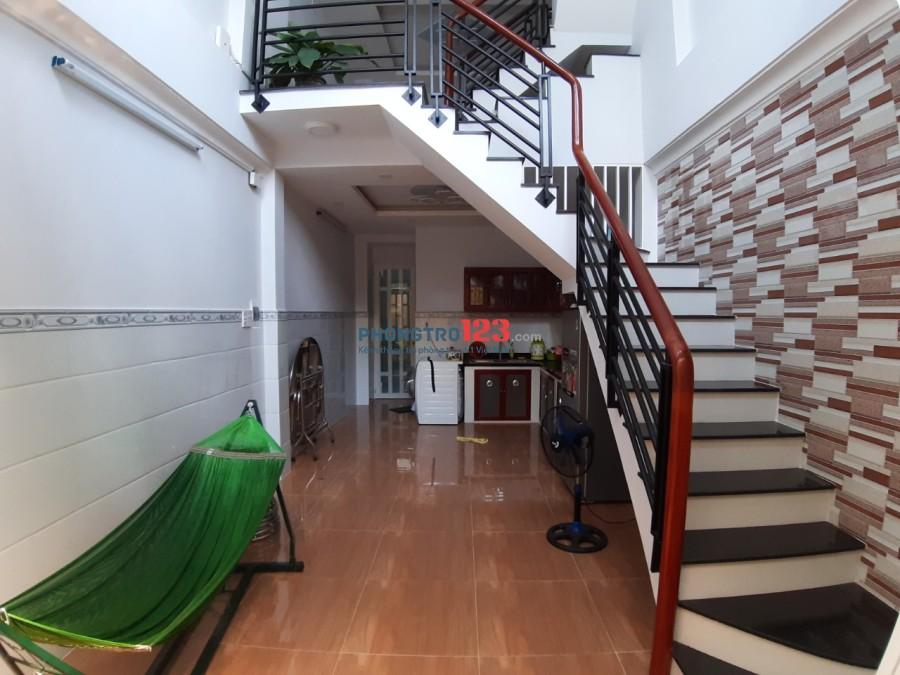 Nhà mới cho thuê dài hạn, ưu tiên gia đình, người đi làm