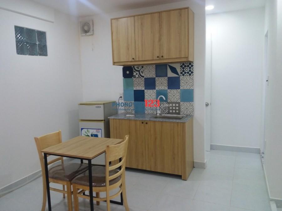 Phòng trọ Quận Tân Phú, đầy đủ nội thất, giờ giấc tự do, toilet riêng, có hầm xe
