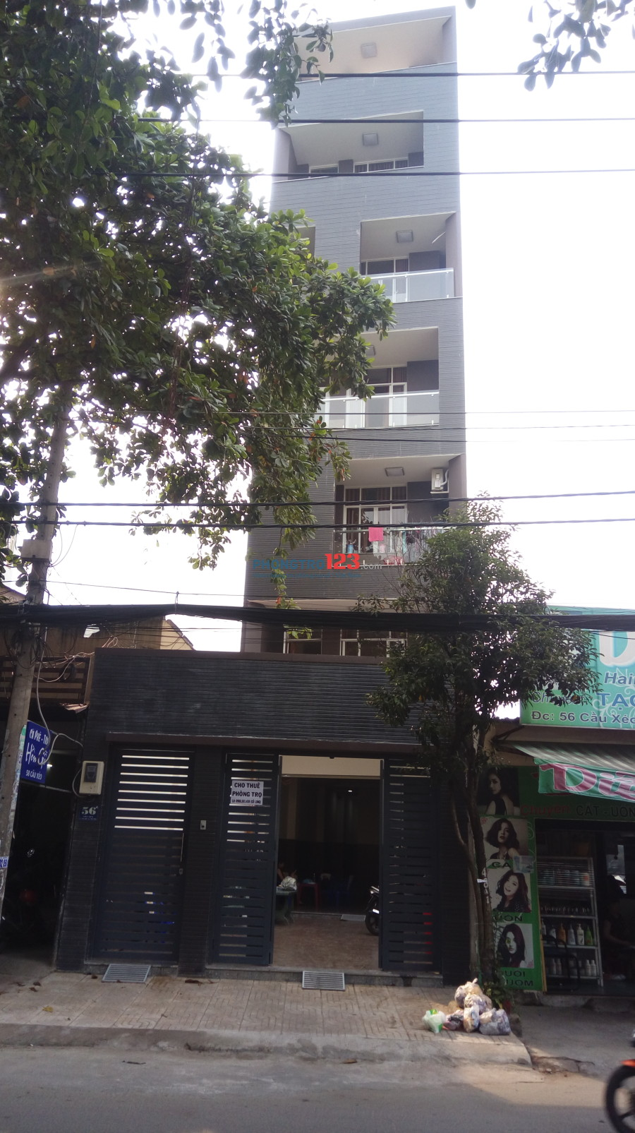 Phòng trọ mới xây xong rất đẹp 6 tầng, có thang máy, wc riêng tại Quận Tân Phú