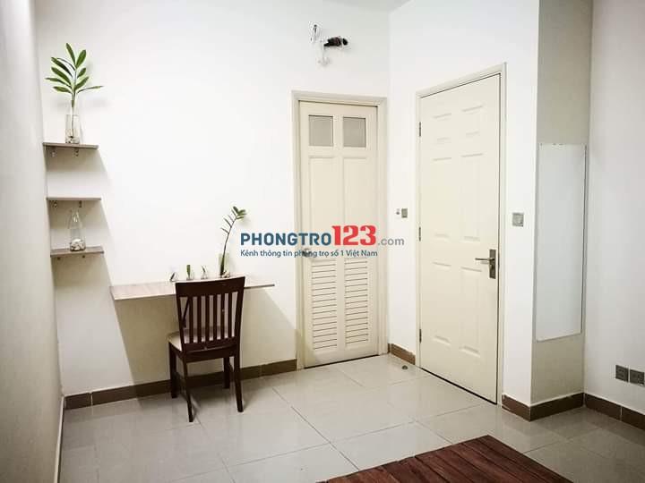 Cho thuê phòng trong căn hộ Era Town Đức Khải. Dt 25m2 - Máy lạnh - Giá 3.5tr/tháng
