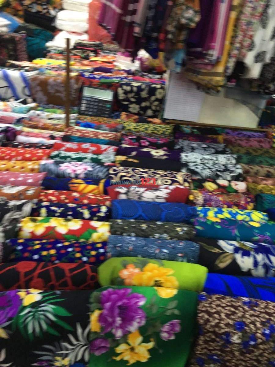 Chính chủ cho thuê 2 sạp kinh doanh buôn bán trong chợ Bình Tây, Q.6. LH Ms Hà
