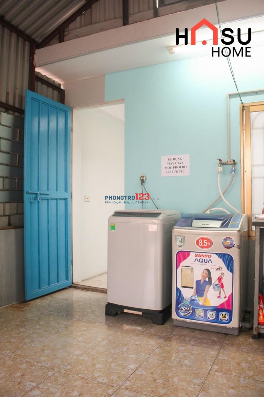 Nhà trọ homestay Cầu Giấy, wc khép kín, 7 điều hoà, 2 máy giặt, 1 tủ lạnh,4 camera+vân tay,full service, xách vali đến ở