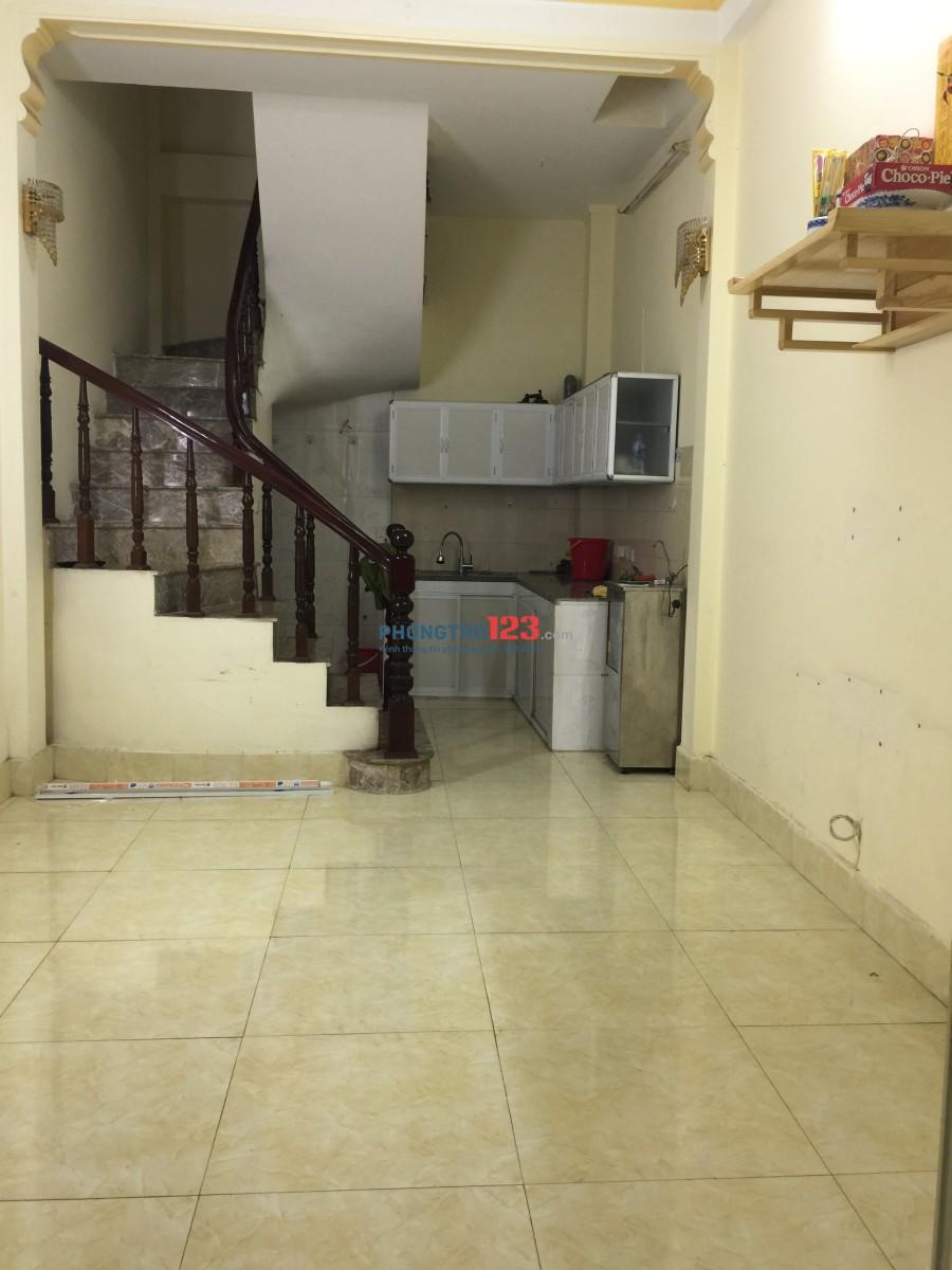 Cho thuê cả nhà hoặc thuê theo phòng (yêu tiên thuê cả nhà)