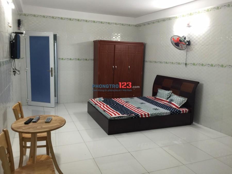 Phòng full nội thất gần Cầu Nguyễn Văn Cừ, Quận 5