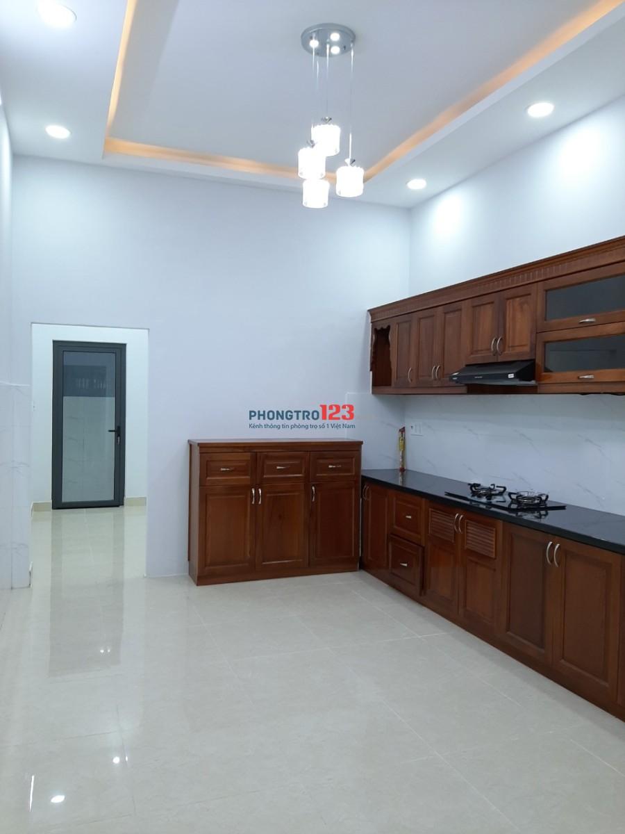Cho thuê phòng mới 45m2 trong nhà nguyên căn tại Hẻm 47/16 Hòa Bình, Q.Tân Phú Ms Thơ