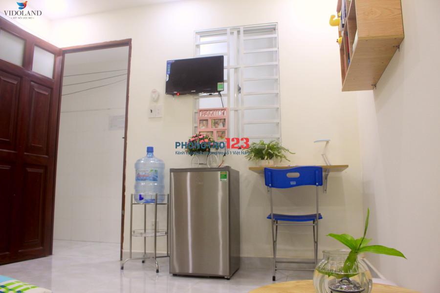 Căn hộ mới full nội thất, giờ tự do, bảo vệ 24/24, đường Thân Nhân Trung - Gần Etown - Giá rẻ