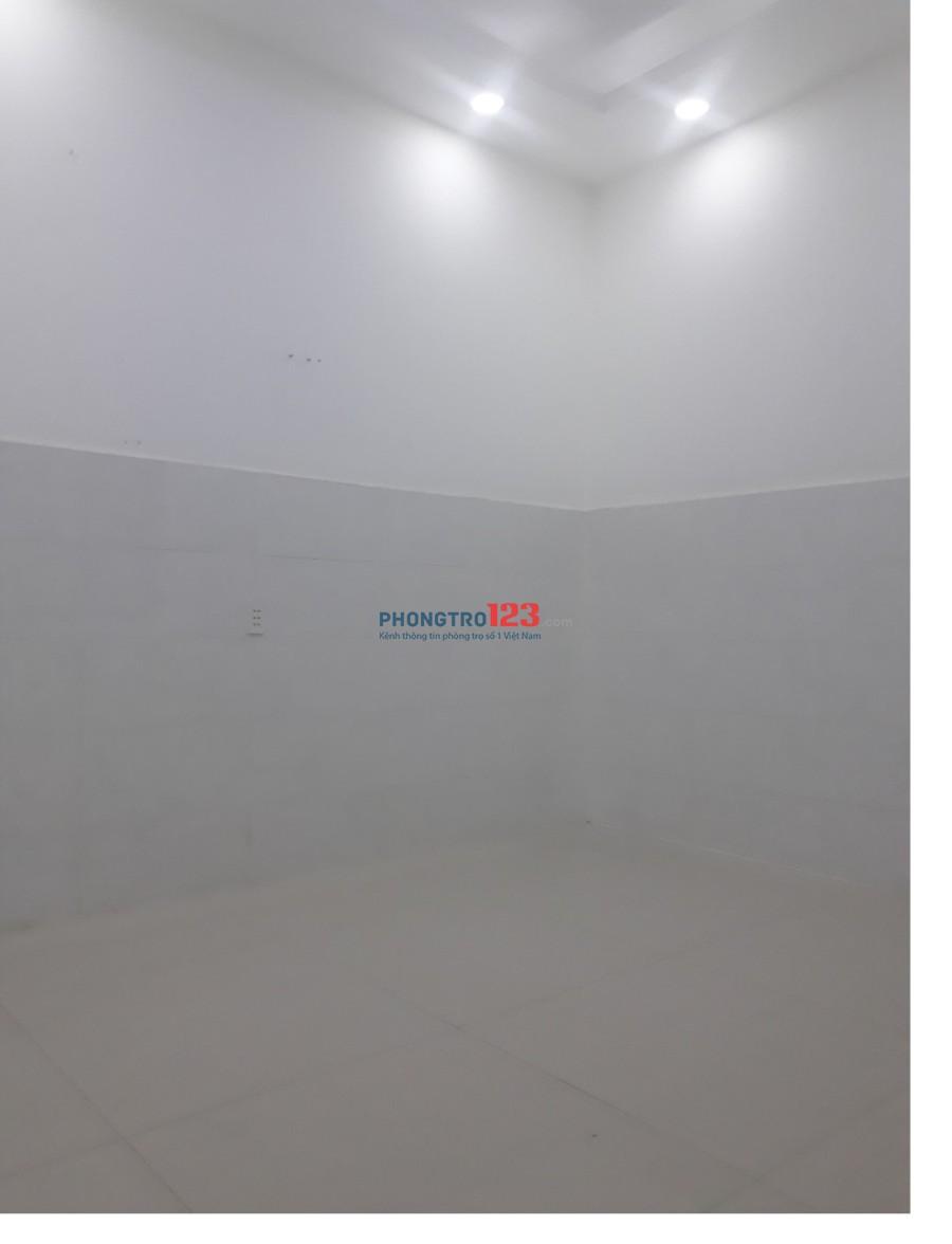 Nhà nguyên căn đẹp, giá rẻ Bình Tân - HXH, 1 trệt 1 lầu - LH: 0909.879.399