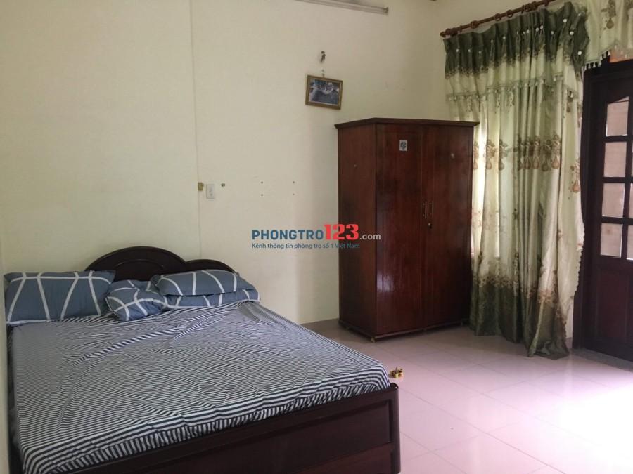 Cho thuê phòng đầy đủ nội thất, có ban công thoáng mát tại 108 Cộng Hoà, Tân Bình
