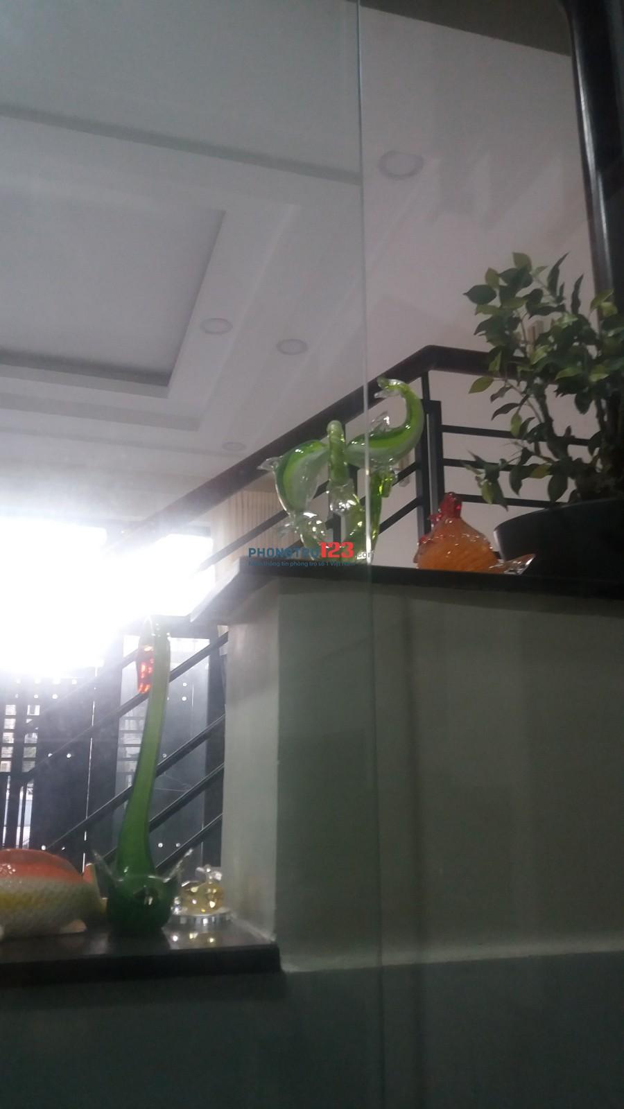 Phòng cao cấp, trung tâm Quận Phú Nhuận, khu dân cư an ninh, yên tĩnh
