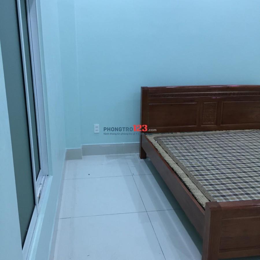 Phòng Trọ Cao Cấp Nhà Lầu Mặt Tiền Đình Phong Phú (ngay cổng đình)- Có Ban Công, Cửa Sổ, Máy Lạnh, PVSinh riêng...