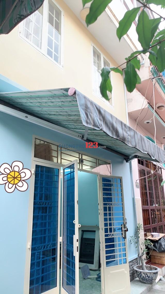 Chính chủ cho thuê 1 trệt 2 lầu 2pn tại hẻm 411 Lê Đức Thọ, P.17, Q.Gò Vấp. LH: Ms Ngân
