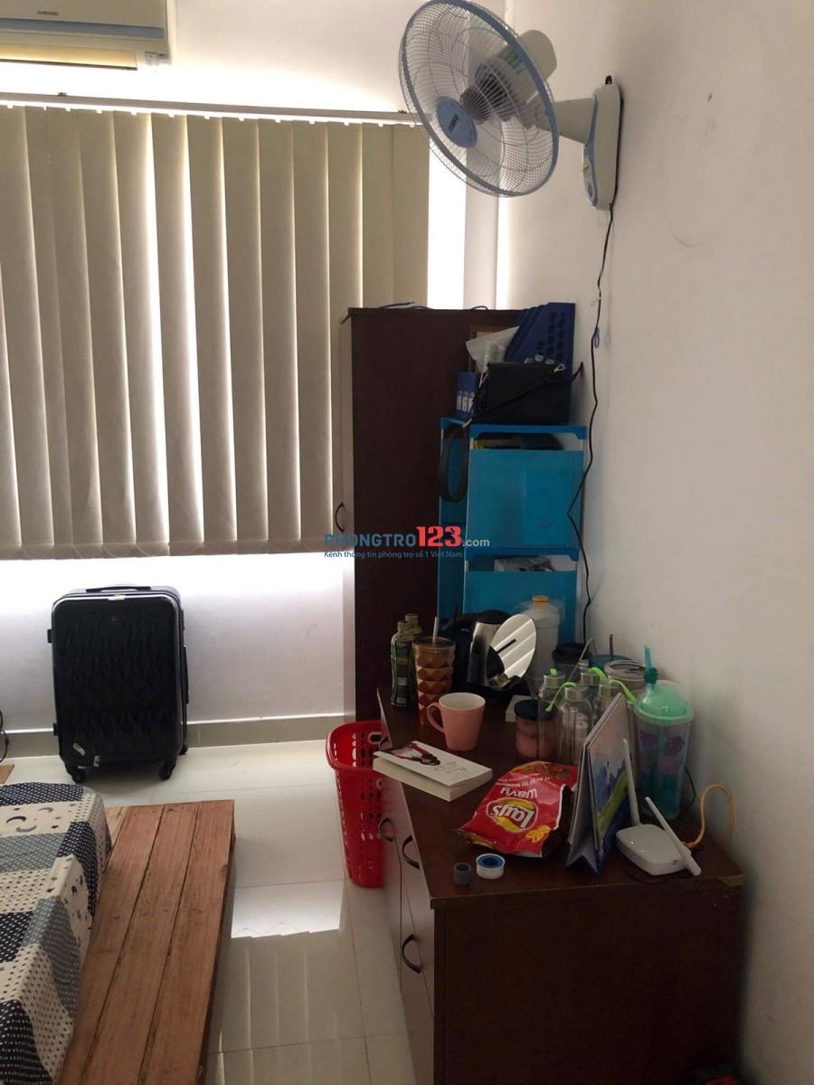 Cần chia sẻ 1 phòng trong nhà nguyên căn đường Nguyễn Văn Thủ, Q.1 - 24m2 - NTCC - 5.2Tr-0914436086