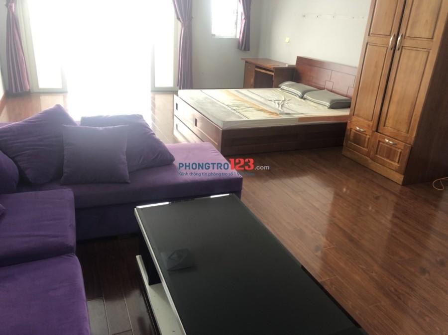 Cho thuê phòng trọ cao cấp, đầy đủ tiện nghi, máy lạnh, tủ lạnh, sàn gỗ tại 228 Tân Kỳ Tân Quý, Quận Tân Phú