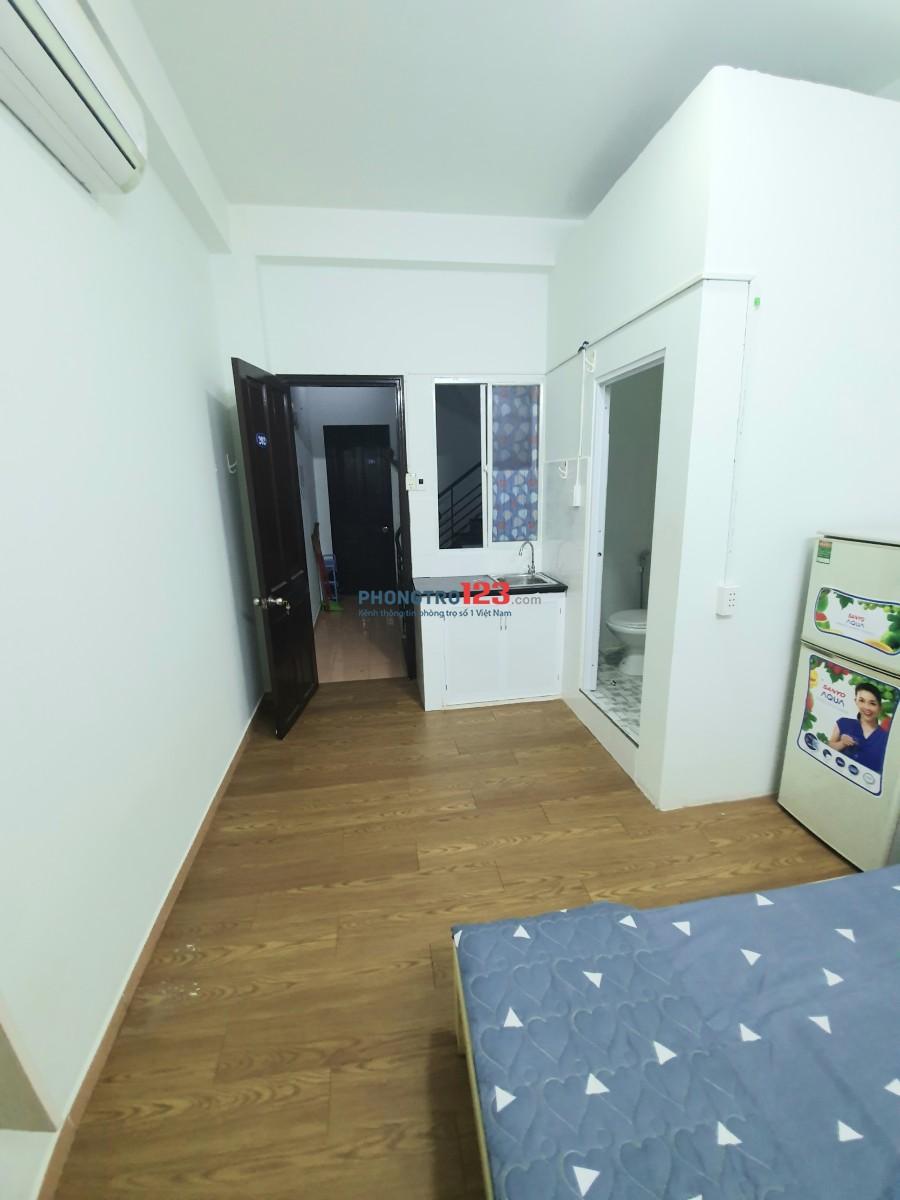 Phòng trọ 20m2 Nguyễn Sơn Hà, Q3 + Cửa sổ + full nội thất + bếp riêng từng phòng